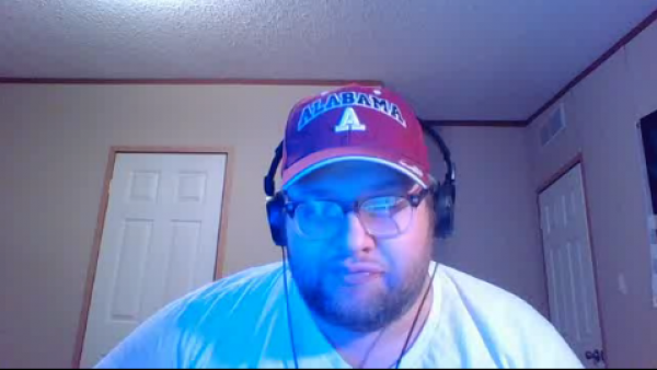 Chris_Bama Covers Himself with Syrup and Oatmeal on Battlecam.com