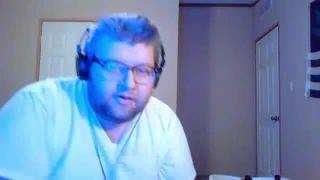 Chris_Bama Challenges His Sister to Slap Him on Battlecam.com