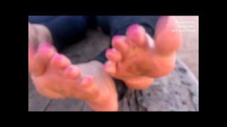 Ian Carey - Let Me See Them Latina Toes (Hoodrat Moombahton Remix).wmv