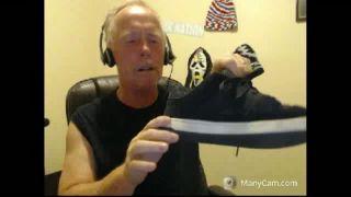 Pork_Chop Licks His Shoe on Battlecam.com