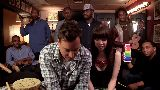 Jimmy Fallon, Carly Rae Jepsen & The Roots Sing -Call Me Maybe- (w- Classroom Instruments)
