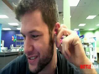 Justin Asked To Leave Kinkos.. on Battlecam.com
