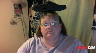 Susie - Shoe On Head.. on Battlecam.com