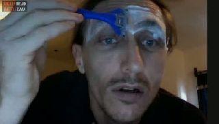 battlecam.com - RealPedorama (DavyJones) shaving eyebrowns for free