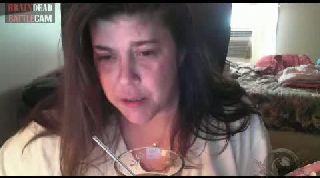 Battlecam.com - Vikki_40  VS Debbie The Pet Lady