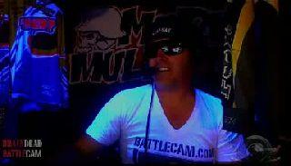 Battlecam.com - Surfrat owning croft on main.
