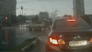 Watch Russian `ghost` car as it appears out of nowhere!