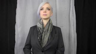 Model twerks her breasts to Mozart