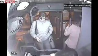 Bus driver beats bag-snatcher with baseball bat