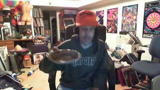 Ruen and His Mud Pie on Battlecam.com