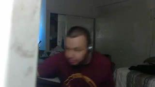 Panda Trolls Seneorwingman Into Putting Hot Sauce in His Eye on Battlecam.com
