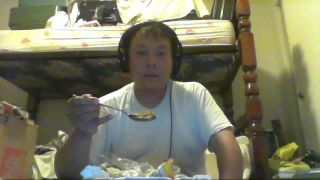 Smart80sfan Spoonful of Indian Curry Then Snorts Wasabi Then Puts in Eyes on Battlecam.com