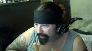 BigChaos Snorts HotSauce ChiliPowder Pour On Face Challenge