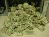 King_Of_Battlecam gets money
