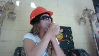 Oma - Smoking Cheetos on Battlecam.com