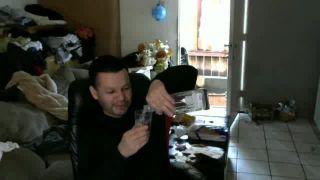 Seneorwingmang Chugs a Whole Glass of Tequila on Battlecam.com