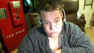 Jenanns Wife Is Very Upset and Wants Him Out on Battlecam.com